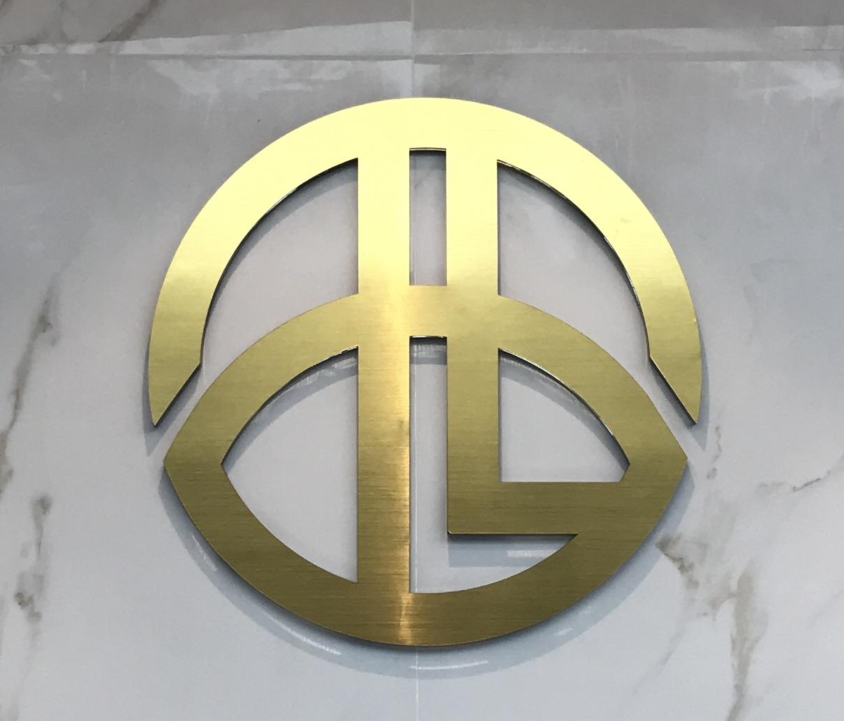 深圳好利企�I���管理有限公司logo