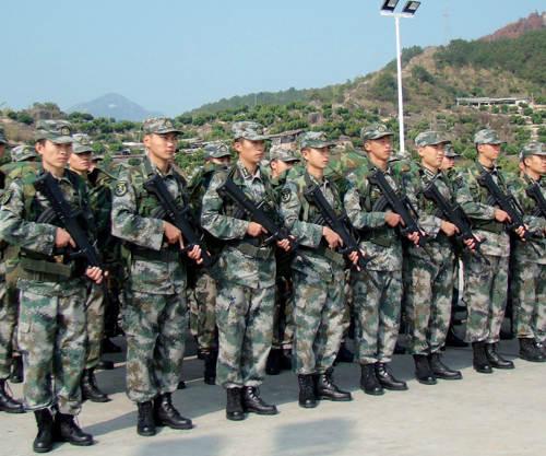 揭秘解放军工资 陆军少尉排长月薪约3000元