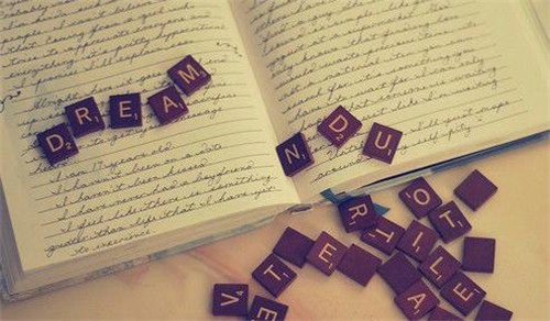 关于描写回忆的句子_关于记忆的经典句子