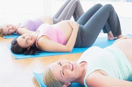怀孕注意事项    1,感冒不要乱服药   消炎痛是孕妇禁忌退热药
