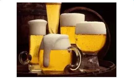 啤酒洗头的方法_啤酒洗头的好处
