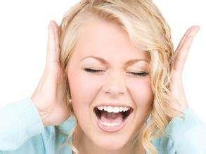 耳朵痛是什么原因 耳朵痛怎么回事